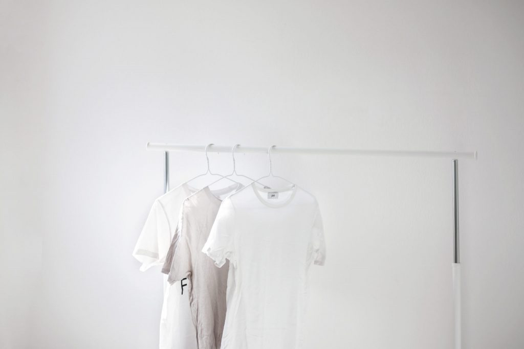 how to get stains off white t-shirts